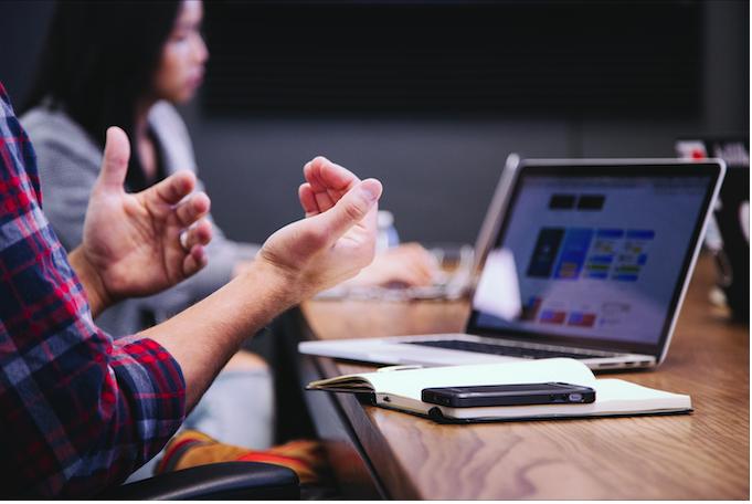 Membangun bisnis berbasis digital adalah investasi tepat di masa sekarang. Apa saja buktinya?